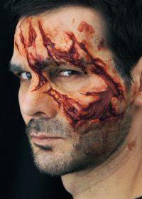 zombie-attack-prosthetics