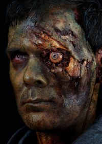 zombie-exposed-eye